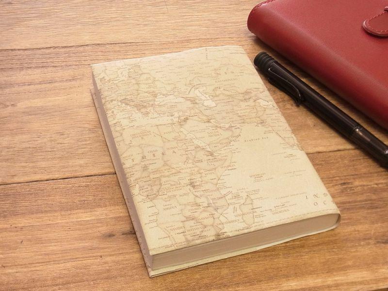 画像1: 【ネコポスOK】 ストーンペーパーのブックカバー 文庫 レトロ