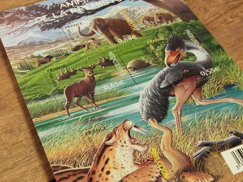 画像2: 【ネコポスOK】 外国未使用切手 フランス 先史時代の動物 (1シート)