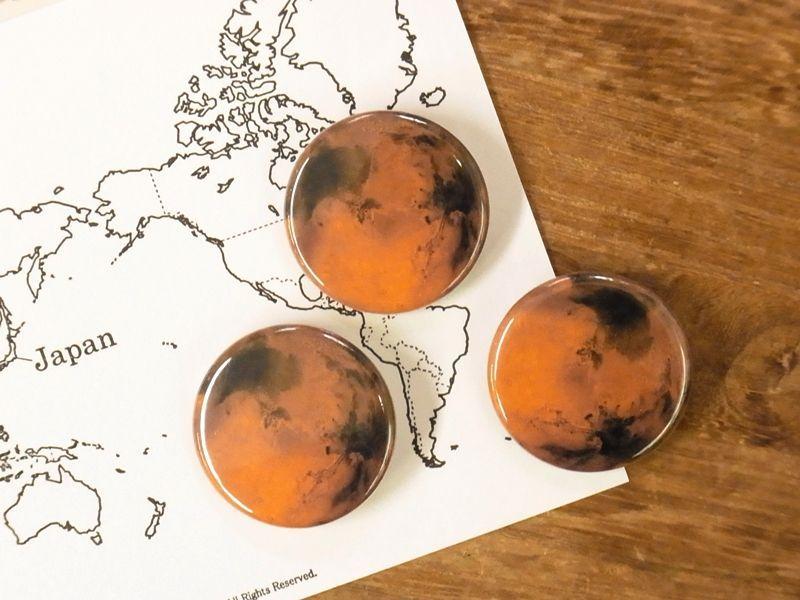 画像1: 【ネコポスOK】 惑星 缶バッジ 32mm 火星(1個)