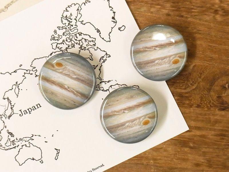 画像1: 【ネコポスOK】 惑星 缶バッジ 32mm 木星(1個)