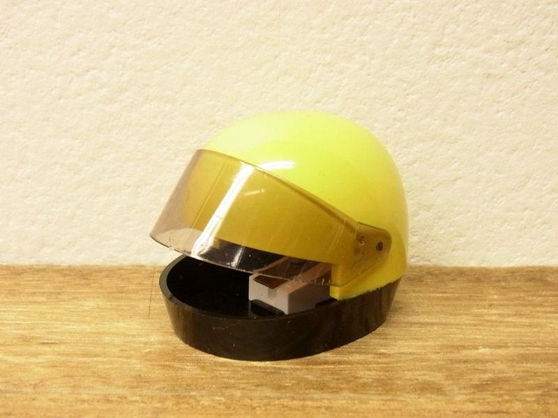 画像1: 【ネコポスNG】【デットストック】 西ドイツ KUM ヘルメット型シャープナー イエロー