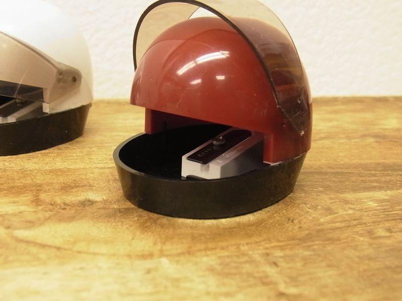 画像2: 【ネコポスNG】【デットストック】 西ドイツ KUM ヘルメット型シャープナー グリーン