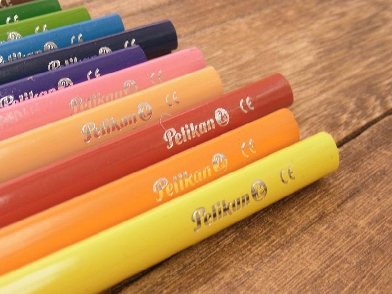 画像3: 【買付け品】【ネコポスOK】 ドイツ Pelikan/ペリカン 色鉛筆12色セット