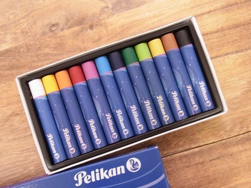 画像2: 【買付け品】【ネコポスOK】 ドイツ Pelikan/ペリカン クレヨン12色