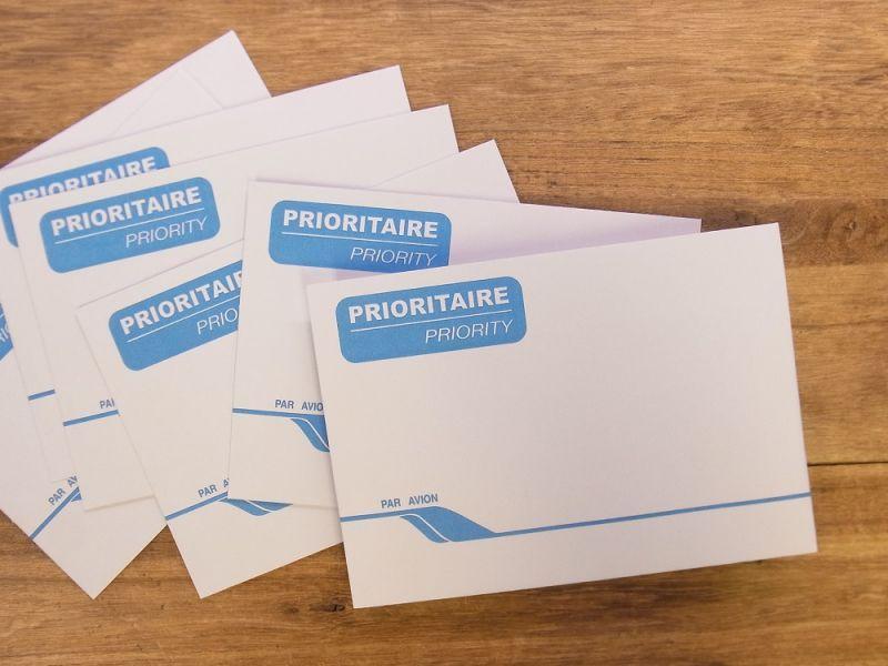 画像1: 【ネコポスOK】 フランス Clairefontaine/クレールフォンテーヌ エアメール用封筒25枚入り