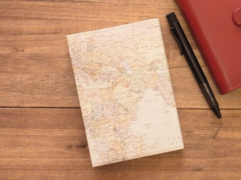 画像2: 【ネコポスOK】 ストーンペーパーのブックカバー 文庫 2枚入り シック