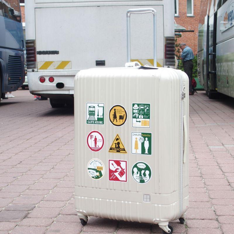 画像2: 【ネコポスOK】 旅屋オリジナル 旅ステッカー その国の習慣に合わせましょう