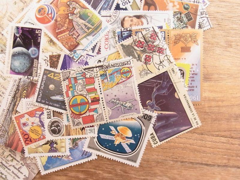 画像1: 【ネコポスOK】 外国使用済切手 世界の宇宙切手 50枚入り