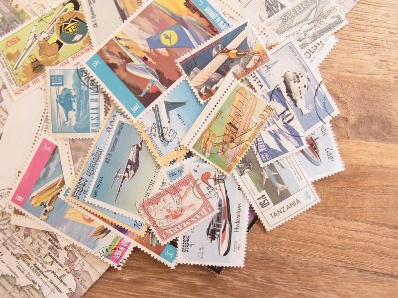画像1: 【ネコポスOK】 外国使用済切手 世界の飛行機 50枚入り