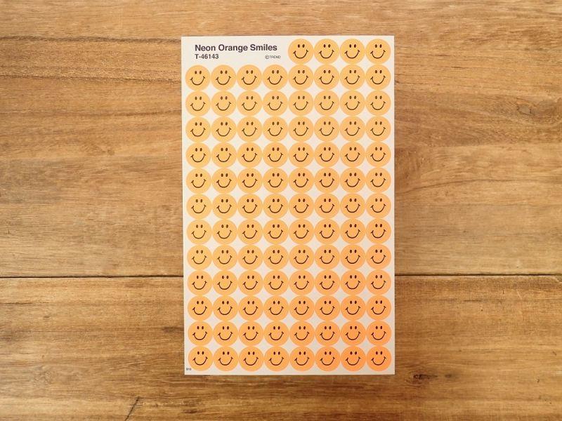 画像1: 【ネコポスOK】 アメリカ ステッカー Neon Orange Smiles
