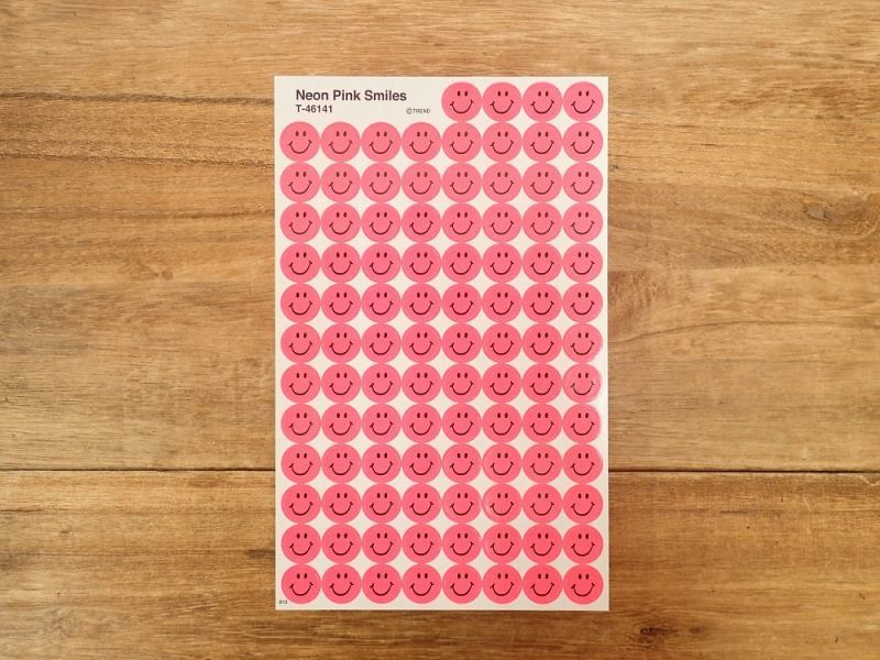 画像1: 【ネコポスOK】 アメリカ ステッカー Neon Pink Smiles