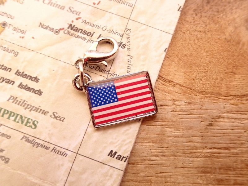 画像1: 【ネコポスOK】 世界の国旗 チャーム [アメリカ] 1個