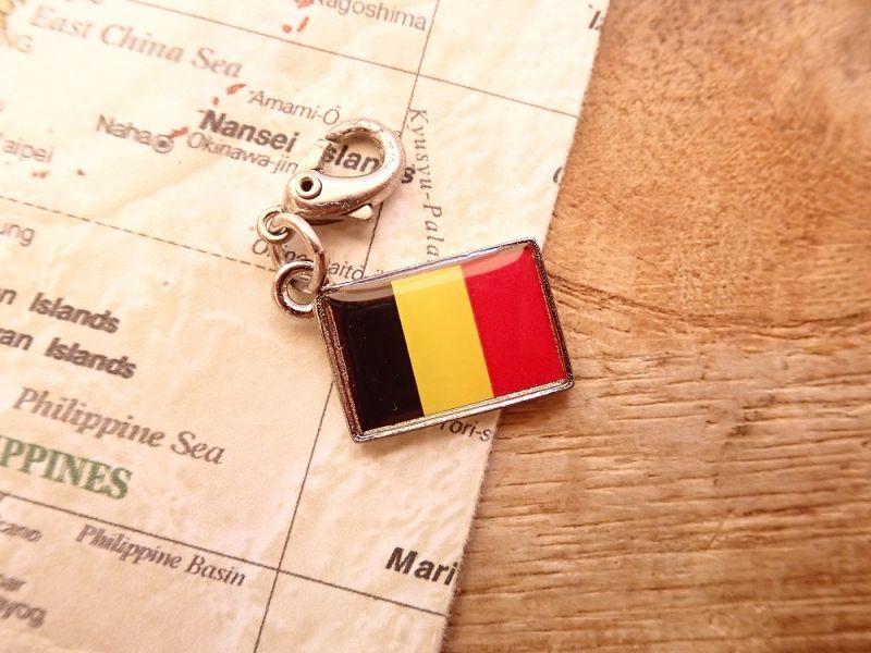 画像1: 【ネコポスOK】 世界の国旗 チャーム [ベルギー] 1個
