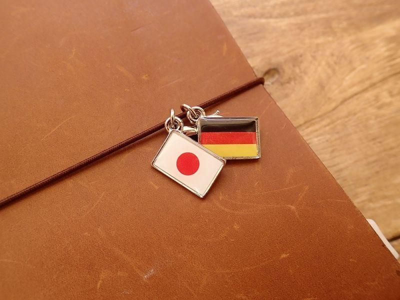 画像3: 【ネコポスOK】 世界の国旗 チャーム [日本/旭日旗] 1個