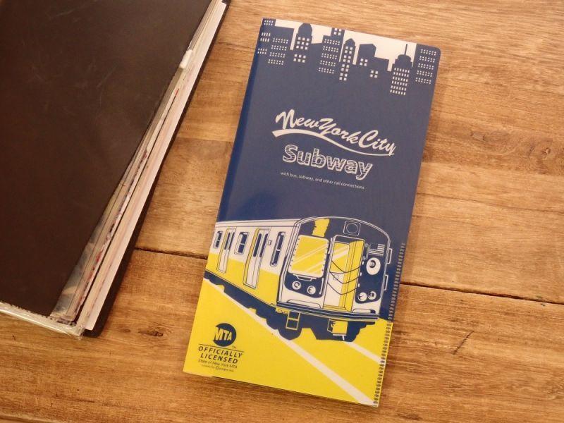 画像1: 【ネコポスOK】 MTA チケットホルダー train