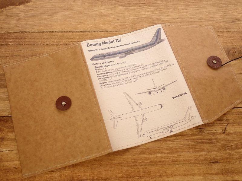 画像1: 【旅屋限定柄】【ネコポスOK】 Quaint Design/クイントデザイン Robinson 文庫ブックカバー 飛行機 EASTERN