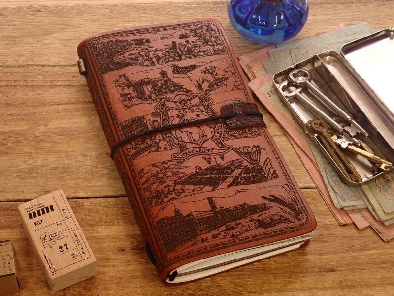 画像1: 【ネコポスNG】 生みたて卵屋 本革の旅手帳 ブラウン