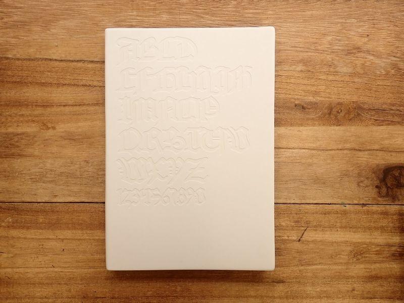 画像1: 【ネコポスOK】 DAYCRAFT Gutenberg Bibel Notebook A5 ホワイト