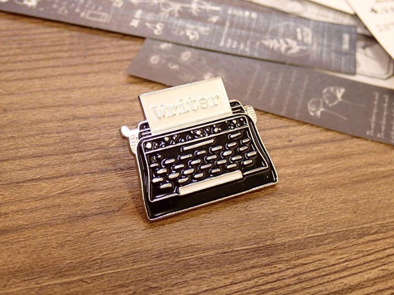 画像1: 【ネコポスOK】 ピンバッジ タイプライターC